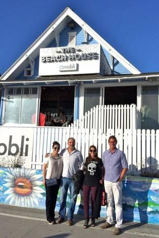 El equipo de WC/CS que atendió el evento de lanzamiento en The Mobli Beach House en Venice, CA